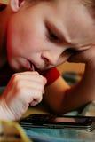 ребенок играя telefone Стоковое Изображение RF