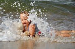 Ребенок и море Стоковое Изображение