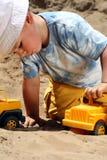 ребенок меньшяя игра Стоковое фото RF