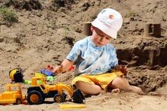 ребенок меньшяя игра Стоковое Фото