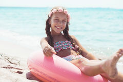 Ребенок моды на пляже Стоковые Фотографии RF