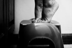 Ребенок на пальцах ноги подсказки Стоковые Фото