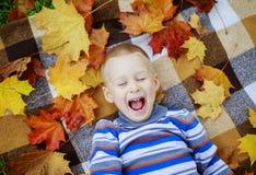 ребенок 11 осени Стоковые Фото