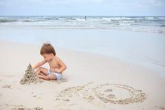 ребенок пляжа стоковые фото