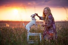 Ребенок с собакой Стоковое Изображение RF
