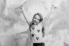 Ребенок с счастливой стороной сохраняет деньги на будущее Стоковая Фотография RF