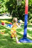 Ребенок с шариком Стоковое Изображение RF