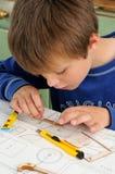 Ребенок aeromodelling стоковые изображения rf