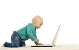 Ребёнок играет Стоковое Изображение