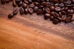 древесина кофе фасолей предпосылки Стоковое фото RF