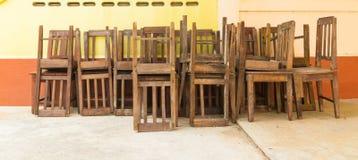 древесина стула старая Стоковая Фотография RF