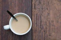 древесина таблицы кофейной чашки Стоковое Изображение