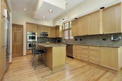 древесина дуба кухни cabinetry Стоковые Фотографии RF