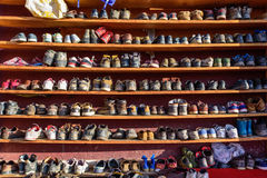 Регулярн ботинки вне залы Священного Писания Стоковое фото RF