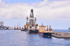 Редакционное промышленное здание в порте Стоковое Фото