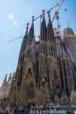 редакционо Май 2018 Фасад Sagrada Familia, Барселоны, Испании стоковое изображение
