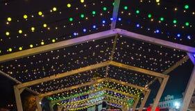 редакционо Kyiv/Украина - 13-ое января 2018: Украшения рождества на Sophia придают квадратную форму в центре Киева, Украины Стоковое фото RF