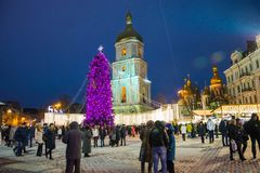 редакционо Kyiv/Украина - 13-ое января 2018: ` S Нового Года справедливое на квадрате Sophia стоковое фото rf