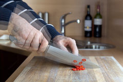 резать быстрые pepperoni Стоковая Фотография