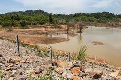 Резервуар в засушливом сезоне Стоковые Изображения