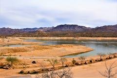 Резервуар озера Bartlett, Maricopa County, положение взгляд ландшафта Аризоны, Соединенных Штатов сценарный стоковое изображение