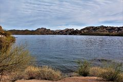 Резервуар озера Saguaro, Maricopa County, Аризона, Соединенные Штаты стоковая фотография rf