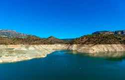 Резервуар Pantano De Siurana, Таррагона, Испания Скопируйте космос для текста стоковое фото
