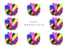 Резиновые браслеты Носка браслета моды силикона круглая социальная белые цвета радуги предпосылки, эластичные резиновые ленты Кра Стоковая Фотография