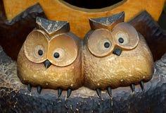 2 резного изображения древесины сыча Стоковая Фотография RF