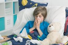 Результаты эпидемий гриппа в школе стоковые изображения rf
