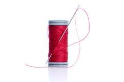 резьба иглы катушкы красная Стоковое Изображение RF