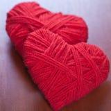 резьба 2 сердец красная Стоковая Фотография RF