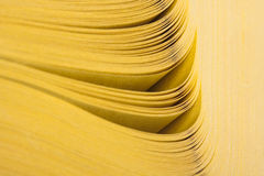 резюмируйте желтый цвет взгляда страниц книги Стоковые Фотографии RF