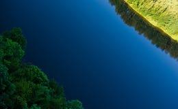 река встает на сторону 2 Стоковое Фото