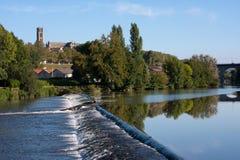 Река Вьенны в Лиможе, Франции Стоковое Изображение