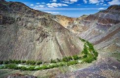 Река в антенне пустыни стоковое изображение