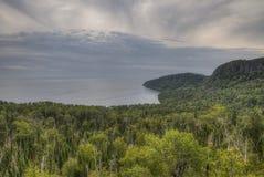 Река голубя пропускает через грандиозный парк штата и индейскую резервацию Portage Граница между Онтарио и Минесотой Стоковая Фотография