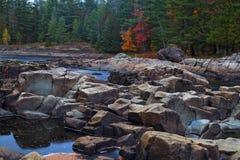 Река горы во времени осени Стоковое Фото