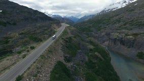Река горы в Аляске акции видеоматериалы