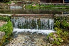 Река горы в украшенном русле реки 04 Стоковая Фотография RF