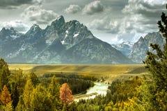 река гор стоковые фото