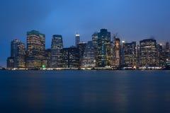 Река Гудзон NYC США горизонта Манхэттена Нью-Йорка стоковые изображения rf