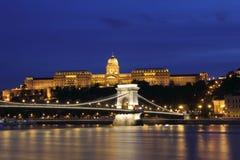 река дворца danube моста цепное королевское Стоковые Изображения