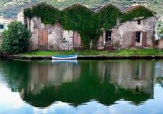 река дома шлюпки Стоковые Изображения RF