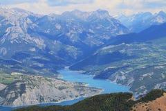 Река дюранса в Hautes-Alpes, Франции стоковое фото