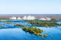 Река Замбези и Victoria Falls, взгляд от вертолета Стоковое Изображение RF
