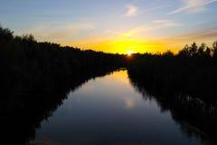 Река захода солнца в Лидсе стоковые изображения