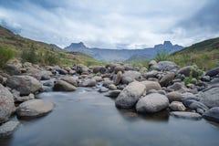 Река и амфитеатр Tugela Стоковое фото RF