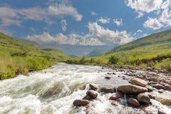 Река и амфитеатр Tugela Стоковое Изображение RF