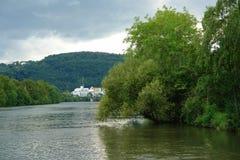 Река и город Стоковое фото RF